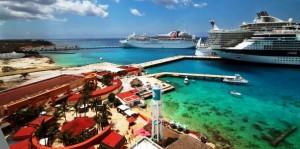 Impresionante actividad marítima portuaria en Cozumel