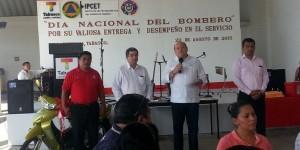 El gobernó de Tabasco garantiza a los bomberos mejorar sus condiciones laborales: Ojeda Zubieta