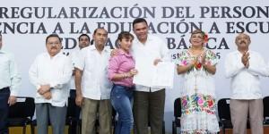 Certeza laboral, a trabajadores administrativos y de apoyo a la educación en Yucatán