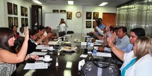 Reciben diputados Informes de Resultados 2014 de los Ríos y la Sierra