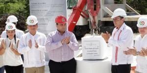 Coloca el gobernador la primera piedra del edificio de Justicia Penal en Cozumel