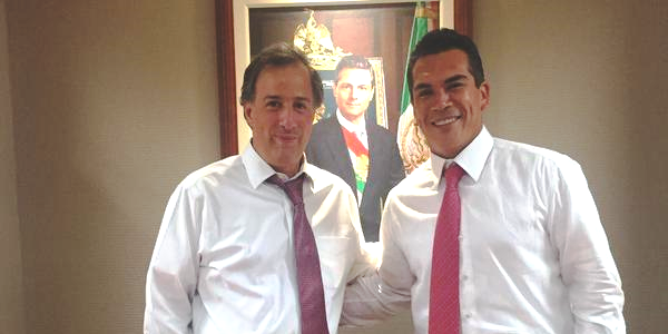 Alejandro Moreno con Meade Kuribeña