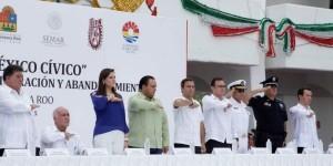 Abandera el gobernador, a presidentes municipales y delegados federales en Quintana Roo
