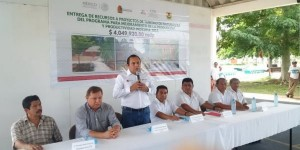 Gestiona gobierno de Quintana Roo con la CDI apoyos para proyectos turísticos indígenas