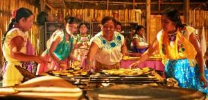 Por su cocina tradicional, destacan Mujeres de Humo en el Festival Gastronómico Internacional