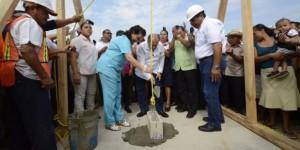 Coloca presidenta del DIF Tabasco primera piedra para construcción de Unidad Médica en Buenavista