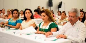 Realizan encuentro de los Sistemas DIF municipales de Yucatán