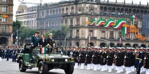 El Presidente Enrique Peña Nieto presidio el desfile del Día de la Independencia