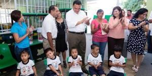 Nuevo mobiliario escolar, en beneficio de niñas y niños yucatecos
