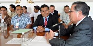 Se reúne Secretario de Gobierno con trabajadores del Cecytev