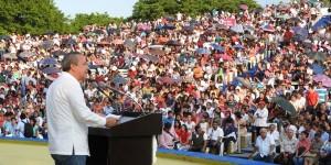 Cumple Bertruy a jóvenes con la entrega de 12 mil becas por 60 MDP