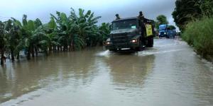Afectan lluvias carretera Villahermosa a Teapa
