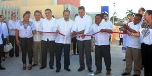 """El gobernador de Campeche y el Subsecretario Federal de la SEP inauguraron primaria """"Juan Escutia"""""""