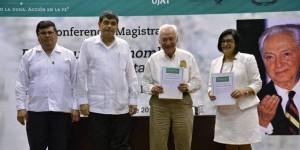 Rinde la UJAT homenaje al ex gobernador Enrique González Pedrero