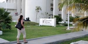 Organiza Universidad del Caribe Feria del Empleo