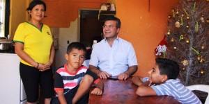 Mauricio Góngora escucha a los solidarenses en sus hogares