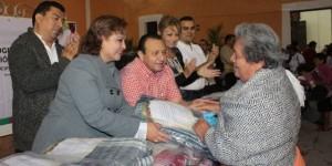 Adultos mayores y personas con discapacidad se protegerán del frío en Yucatán