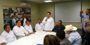 Inicio entrega- recepción, Abenamar Pérez y Rafael Acosta en Cárdenas
