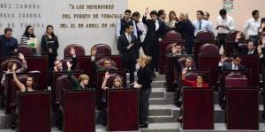 Diputados dan en comodato estadio a Tiburones Rojos de Veracruz
