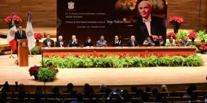 Recibe Jorge Federico Osorio doctorado Honoris Causa por la UV