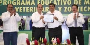 Logra UJAT acreditación en Medicina Veterinaria