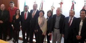 Logran diputados créditos para productores de piña veracruzanos
