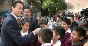 La Primaria Rodolfo Menéndez escuela modelo en el corazón de México: Enrique peña Nieto