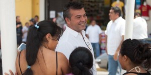 Mauricio Góngora escucha y atiende a la ciudadanía