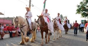 Con la tradicional cabalgata, inician las Fiestas de La Candelaria en Tlacotalpan