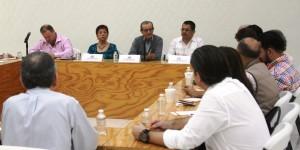 Analizan concejales de Centro y empresarios problemas que afectan a la ciudad