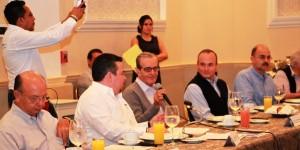 Hay compromiso social y disposición para que florezca economía en Centro: Francisco Peralta