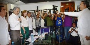 Toma protesta como diputado del PVEM, Manuel Ortega del Congreso en Campeche