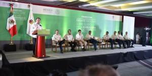 Decisiones de política pública deben ir en beneficio de la sociedad: Osorio Chong