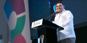 Tres años cumpliendo por el futuro de Yucatán: Rolando Zapata Bello