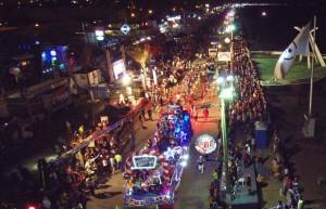 Disfrutan más de 60 mil personas el último desfile del Carnaval Coatza 2016