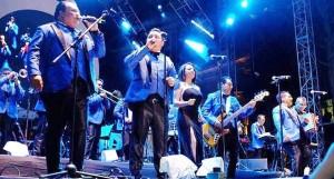 Los Ángeles Azules en la imposición de bandas Feria Tabasco 2016