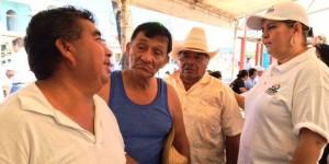 Reciben en Buenavista y Tamulte de las sabanas la asistencia de brigadas del DIF Centro
