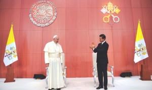 EPN y Papa Francisco palacio nacional