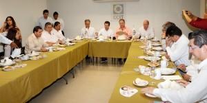 Incluir a todos en el desarrollo de Centro propone ante empresarios, Gerardo Gaudiano