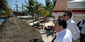 El tráfico de pasajeros a Isla Mujeres continua en aumento, señala el gobernador
