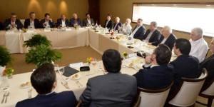 Se reúne el gobernador Arturo Núñez Jiménez con autoridades y empresarios de Nuevo León