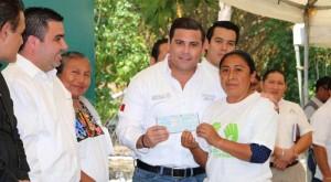 Más de medio millón de pesos para impulsar actividad artesanal en Campeche