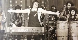 A 27 años, Chico Che sigue viviendo a traves de su música