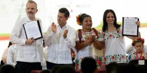 Apoya Miguel Bosé y Enrique Peña a indígenas de Maxcanú