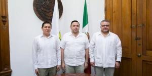Funcionarios de la Segob visitan Palacio de Gobierno en Yucatán