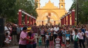 Reconocen la integración de las familias de Halachó