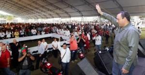 Convive el gobernador Roberto Borge con miles de solidarenses, en el marco del día de la amistad