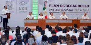 Convoca el gobernador Alejandro Moreno Cárdenas a trabajar juntos por Campeche