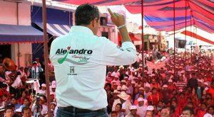 Alejandro Murat se compromete a crear un banco de desarrollo solidario con las mujeres