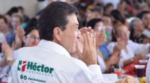 Dialoga Héctor Yunes Landa con la comunidad de la Universidad Veracruzana